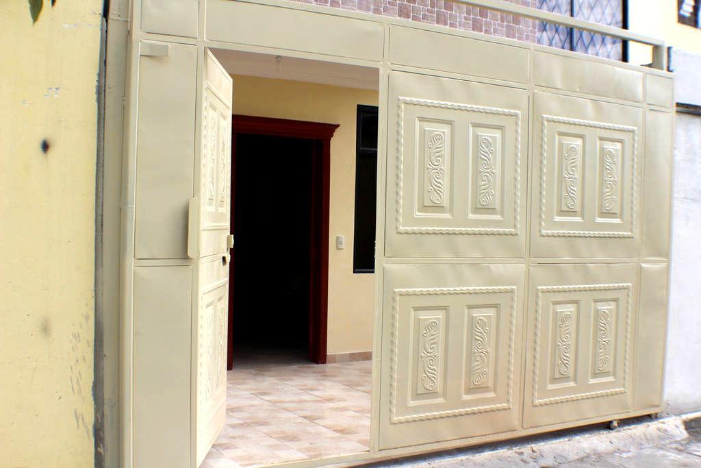 Full furnished 1 bedroom Townhouse - Loja