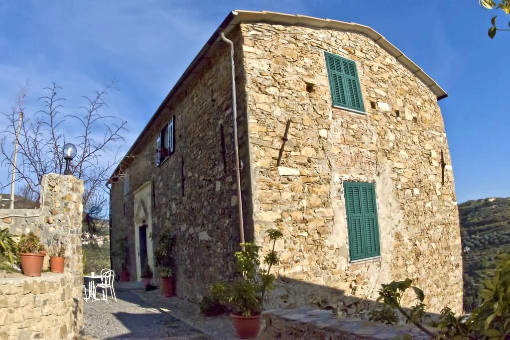 Country house in Riviera Ligure - Castellaro
