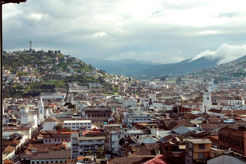 Romantic City Centre View - Quito - Appartement