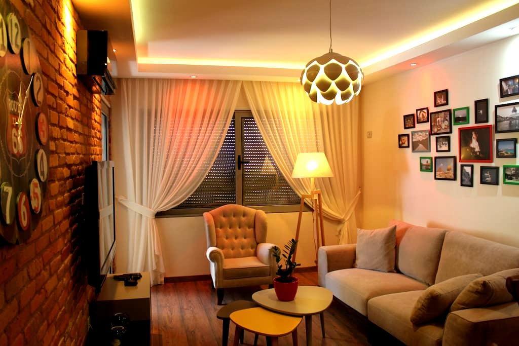 Tirana Smart Home ~ by ARTECH - Tiranë - Apartemen