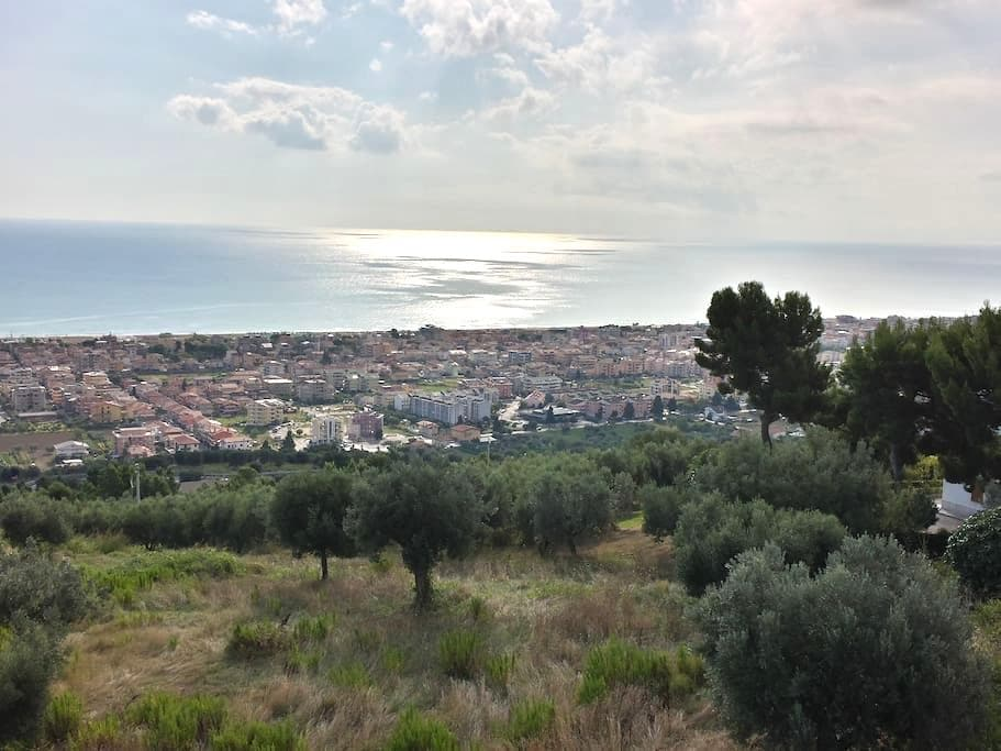 Sea view flat - appart. vista mare - Tortoreto - Apartemen