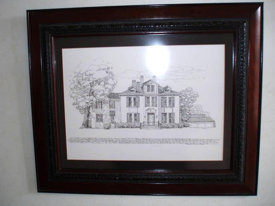 Luxury Master Suite - Historic Home - Hillsboro