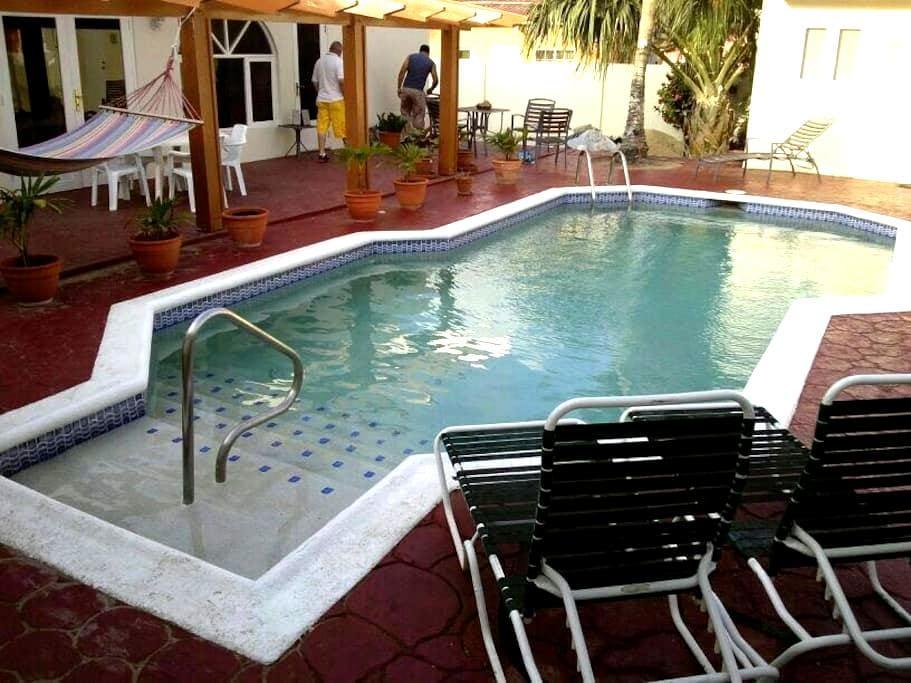 Courtesy Low Budget Apartments Aruba 2 - Oranjestad