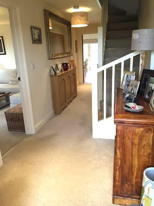 Immaculate 3 bed house with garden - Newmarket - House