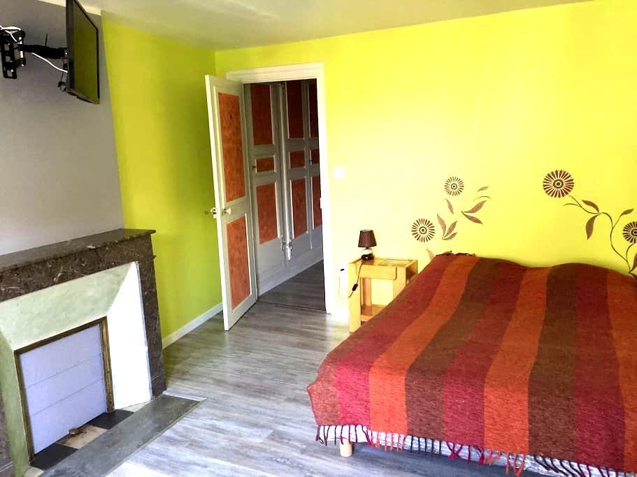 Spacieuse chambre pour deux (#4) - Saugues - Rumah