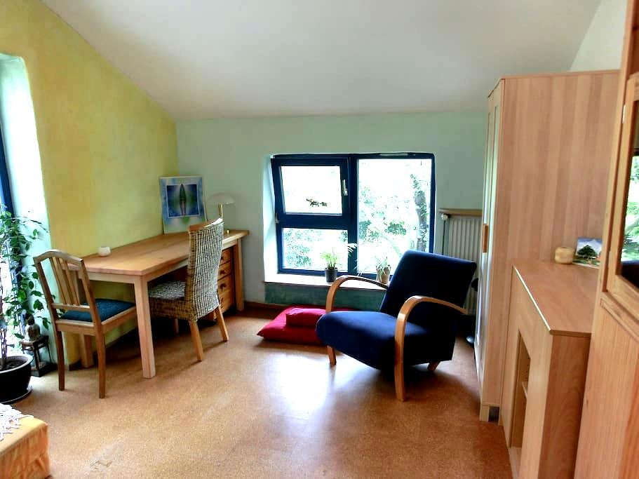 Helles Zimmer Garbsen bei Hannover - Garbsen - Rumah