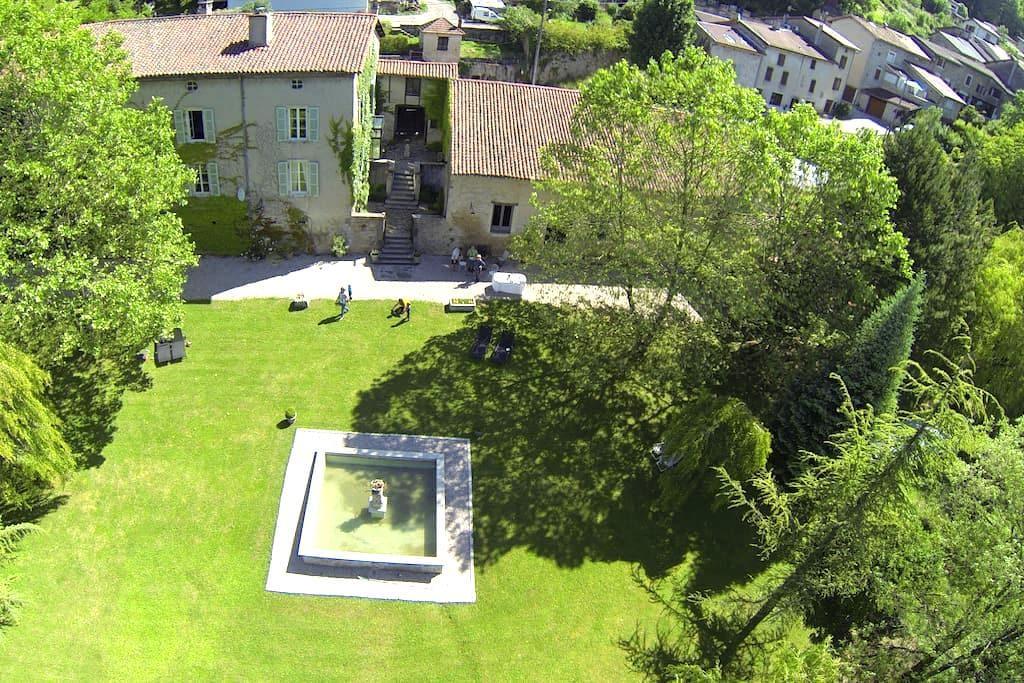 The Barre - Ambérieu-en-Bugey - Pousada