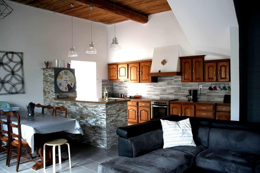 Maison entre CORBIÈRES et MINERVOIS - Escales - Hus