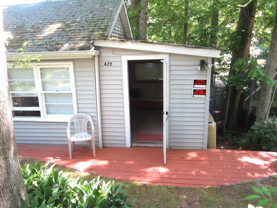 Little house for rent,3days minimum - Calverton