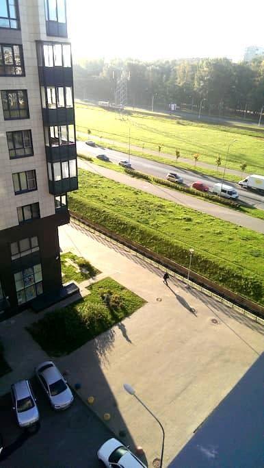 Апартаменты комфортабельные с wi-fi - Sankt-Peterburg - Lägenhet