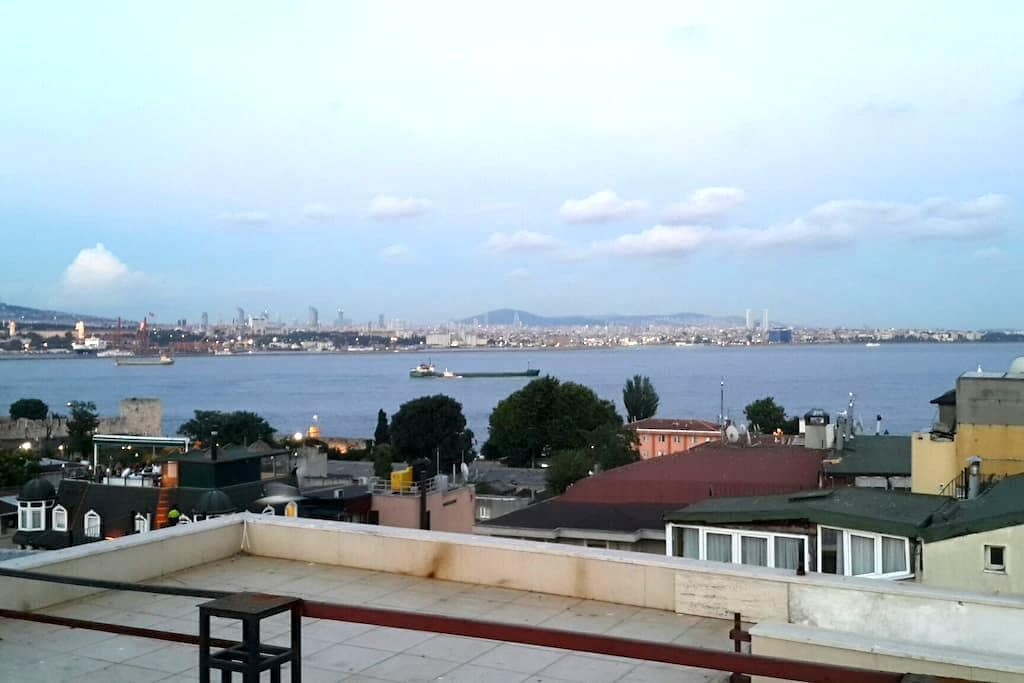 (3) PRIVATE ROOM IN OLD CITY SULTANAHMET (15m2) - Fatih - Apartament