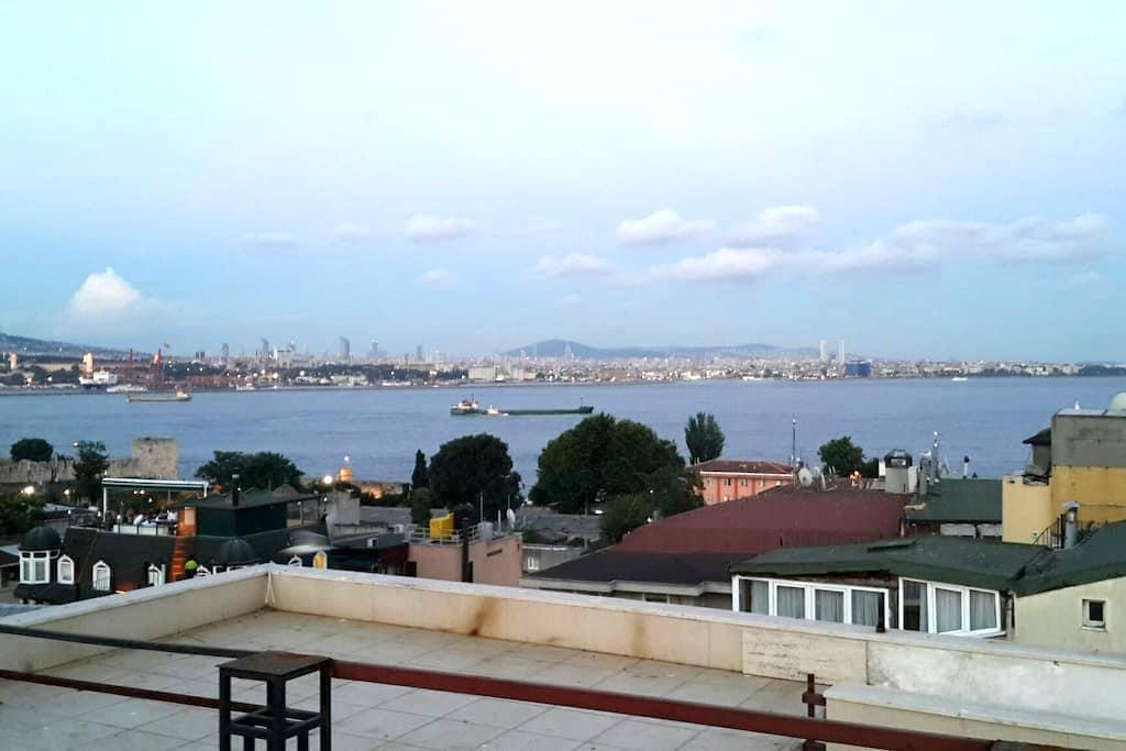 (3) PRIVATE ROOM IN OLD CITY SULTANAHMET (15m2) - Fatih - Apartment
