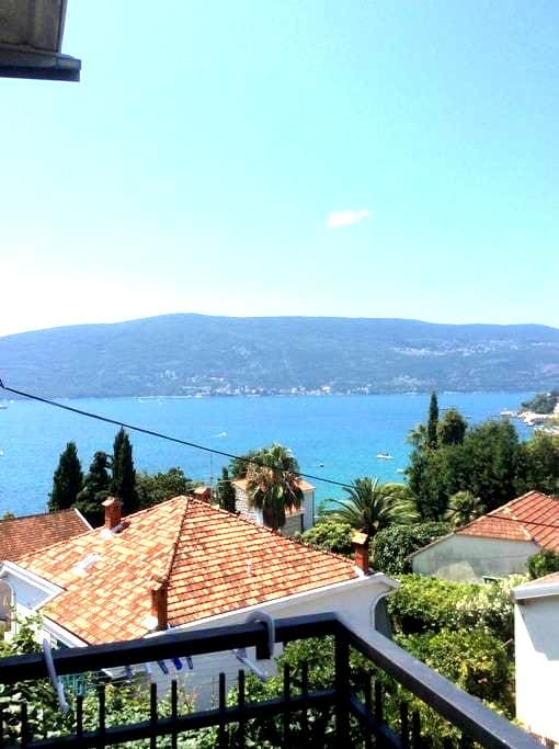 Cozy Loft near the Sea - Herceg Novi
