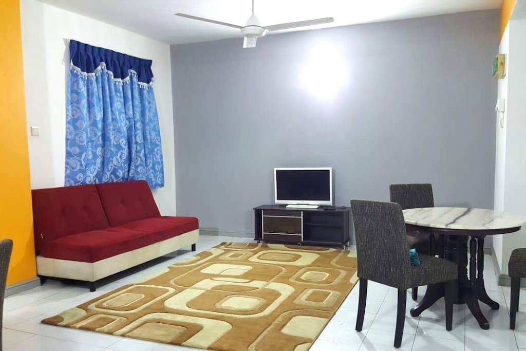 Anjung KLIA Apartment & Breakfast No 5 - Banting - Leilighet