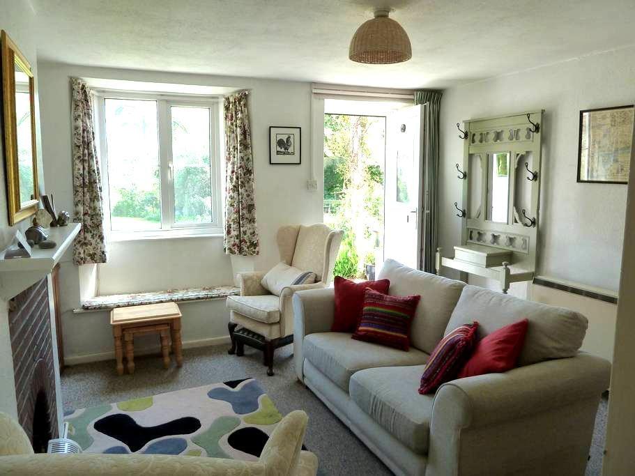 Lovely little cottage in Lyme Regis - Lyme Regis - Dům