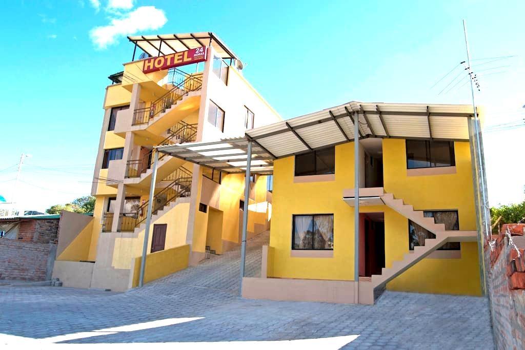 HOTEL RESIDENCIAL EL VIAJERO - Quito - Konukevi