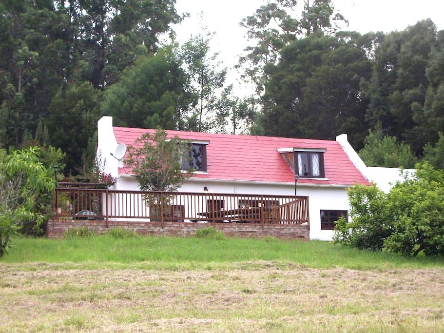 MASESCHA COUNTRY ESTATE-BIRDSONG HOUSE - Greater Plettenberg Bay - House