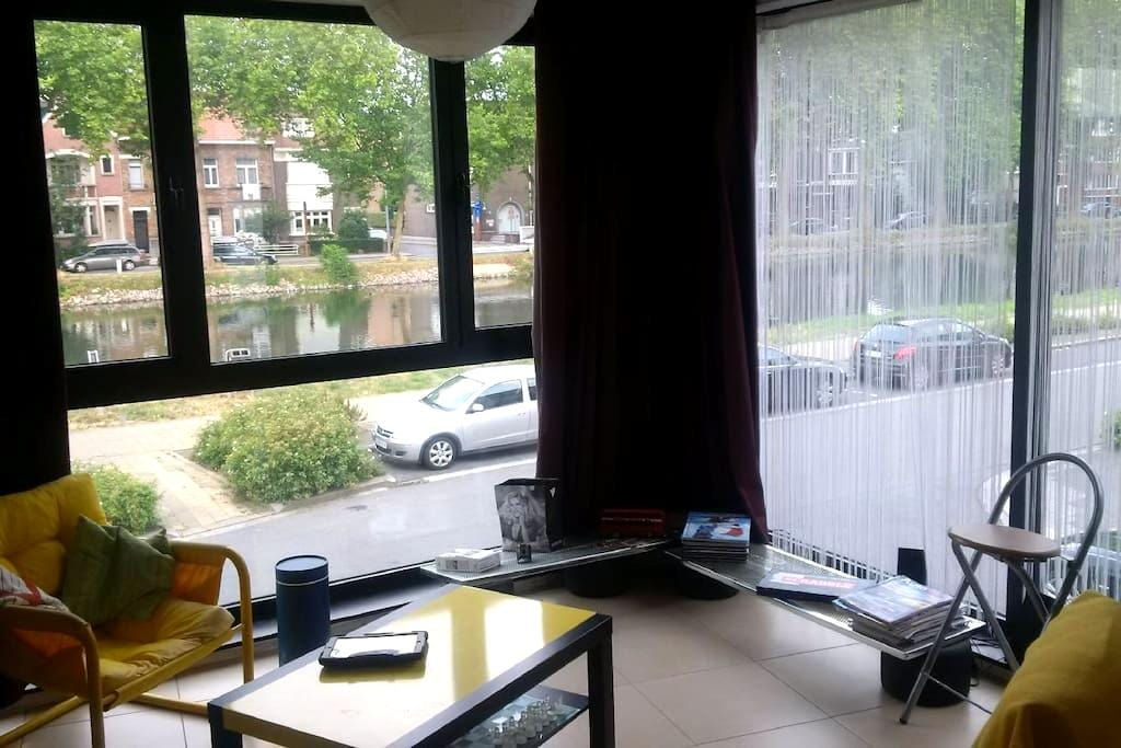 Studio Canal view close to center - Mechelen - Lakás