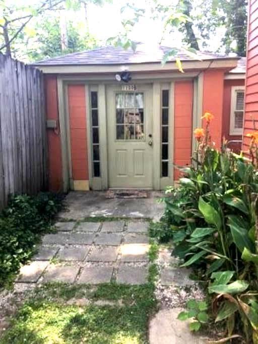 Cozy Garden District Bungalow - Baton Rouge - Lejlighed