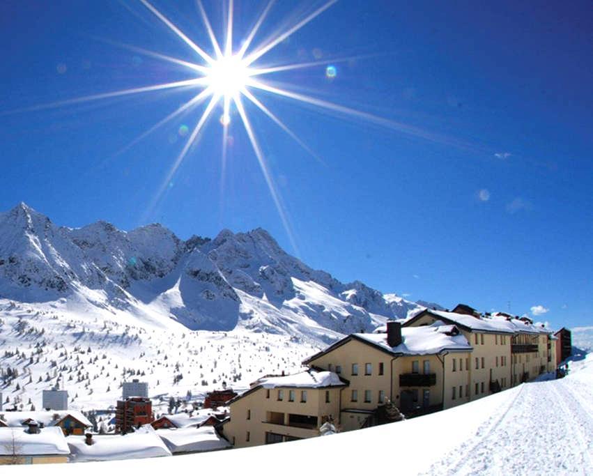 Appartamento sulle piste da sci Tonale - Passo del Tonale - Huoneisto