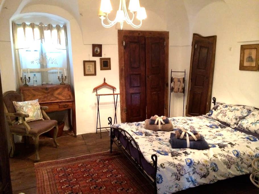 Chambre de charme 1 - Lumio - Bed & Breakfast