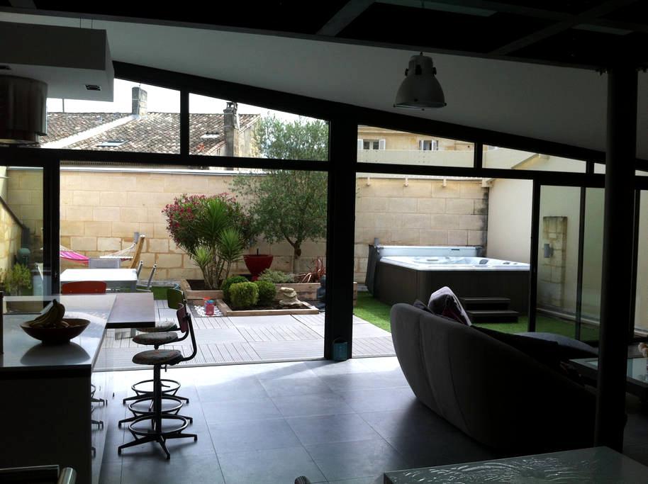 Maison centre ville libourne avec garage et spa - Libourne