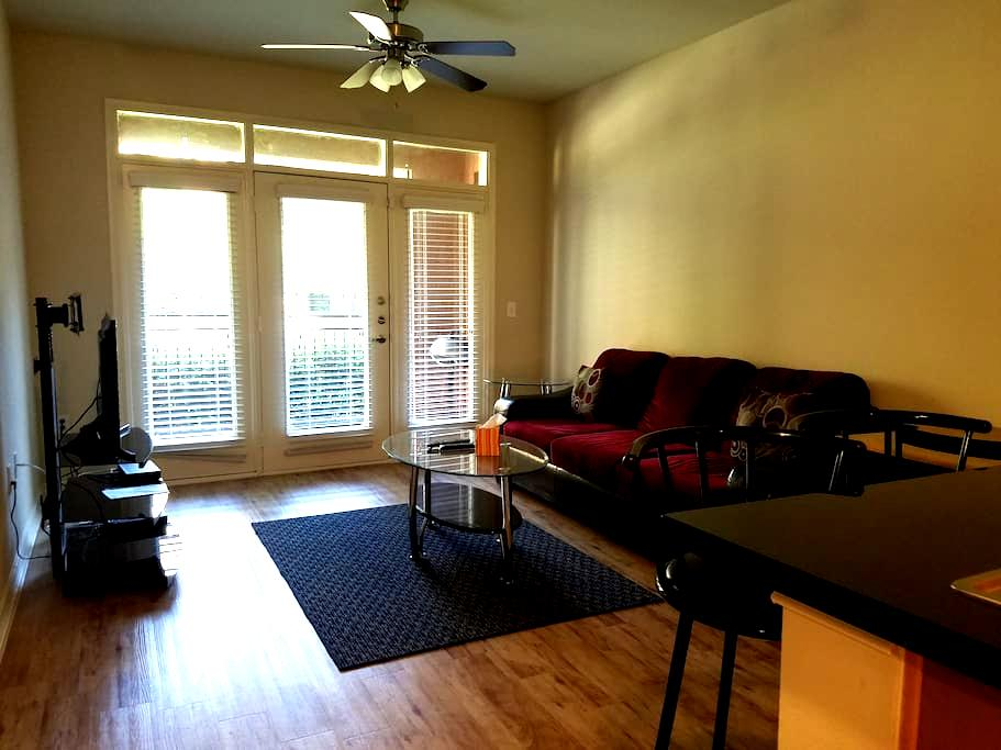 Urban Living T1 - Furnished Apt in Plano/Frisco - Plano - Byt