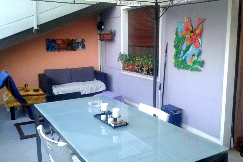 Stanza in tranquillo paese - Dorzano - Apartament