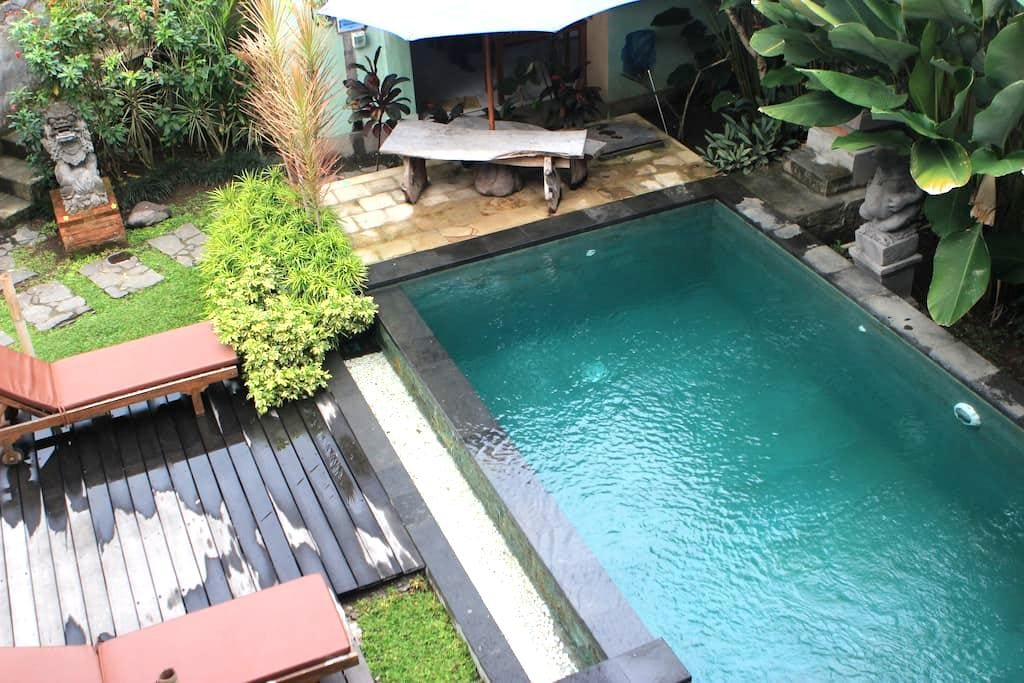 Bungsil Gading (Mangga Room) - Ubud - Bed & Breakfast