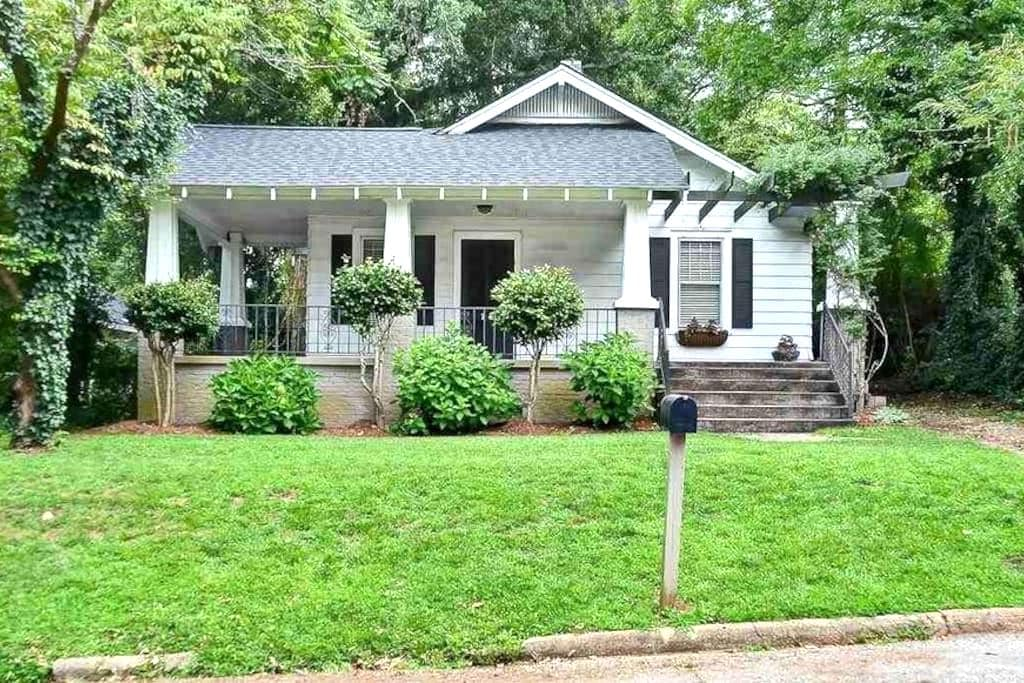 2Br/1Ba Cottage in downtown Greenville - Greenville - Casa