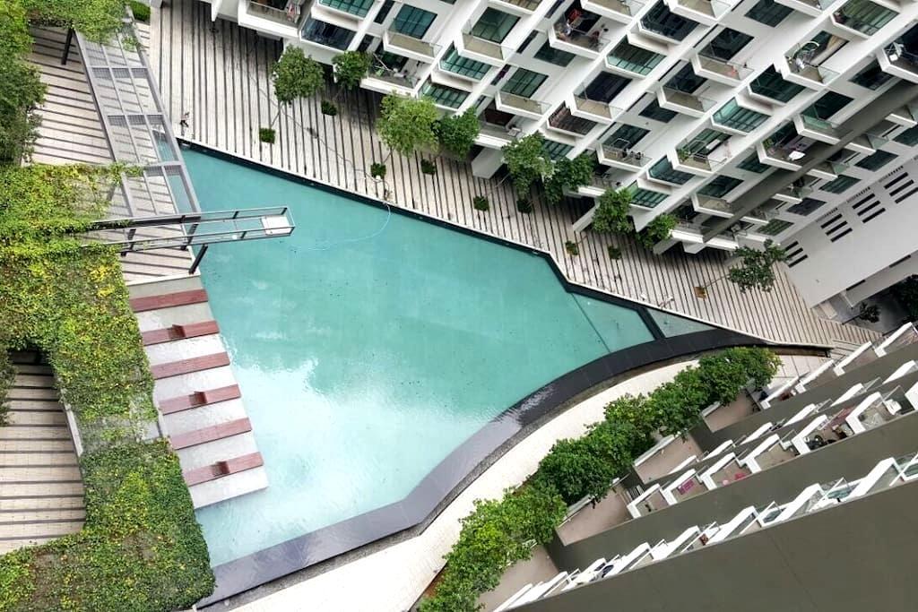 +WIFI Skyview Seri Kembangan  Between KLCC & KLIA - Seri Kembangan - Apto. en complejo residencial