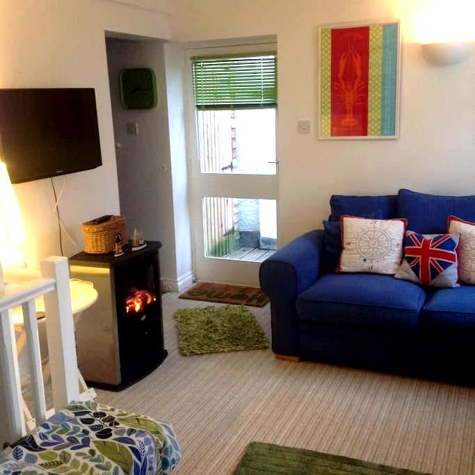 Luxury apartment in Fowey & parking - Fowey - Apartament