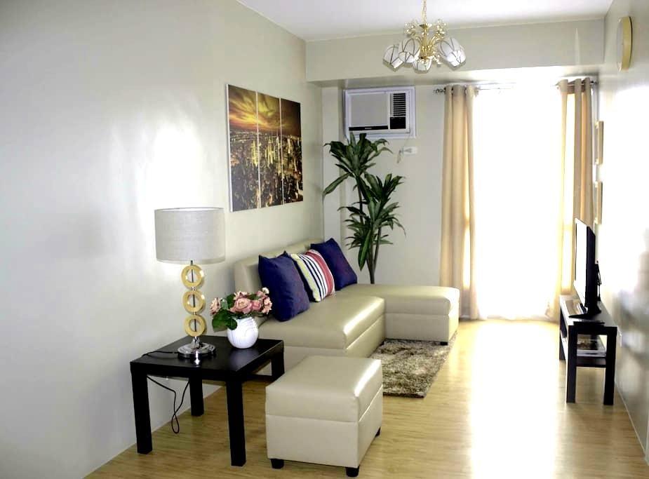 Cozy & Homey Avida Towers Alabang ! - Muntinlupa - Osakehuoneisto