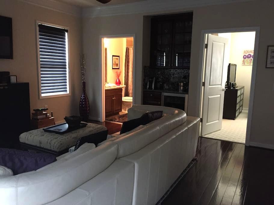 Luxury Loft in Richmond's West End - Glen Allen - Társasház