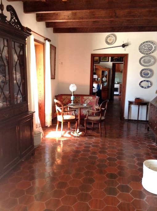 Tipica casa menorquina en S.Climent - San Clemente