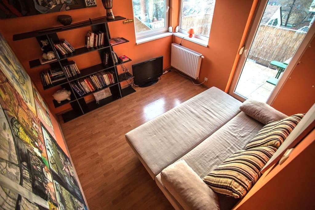 Double bedroom with huge balcony ! - Budapeşte - Daire
