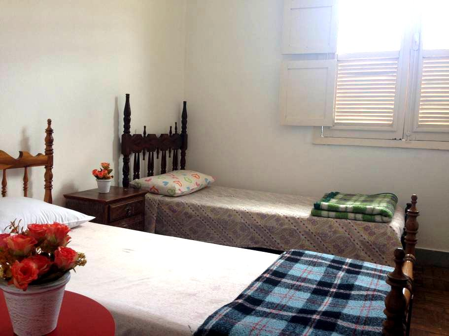 Individual Bed w. Shared Bathroom - Tiradentes