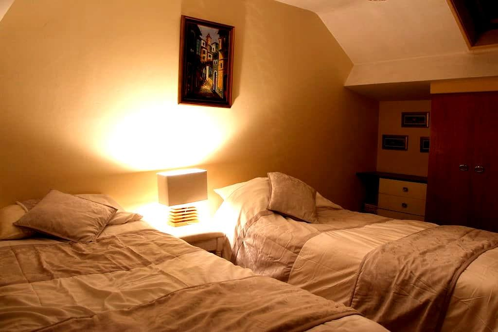 BELFAST BLISS - Twin Room  - Castlereagh - Bed & Breakfast