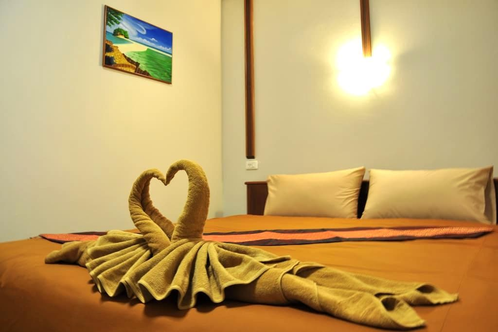 Rachada Place Single Bed - Krabi - Apartemen