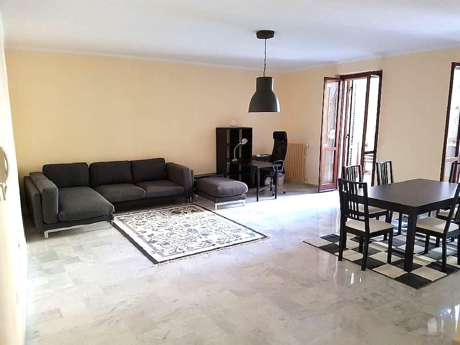 Luxurious Seafront 2 bedroom, Ask for Napoli Guide - Napoli - Apartment