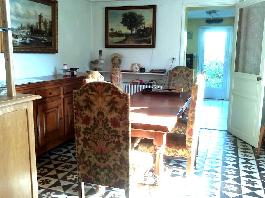 Chambres d'hôtes et petit-déjeuner - Saint-Florent-le-Vieil