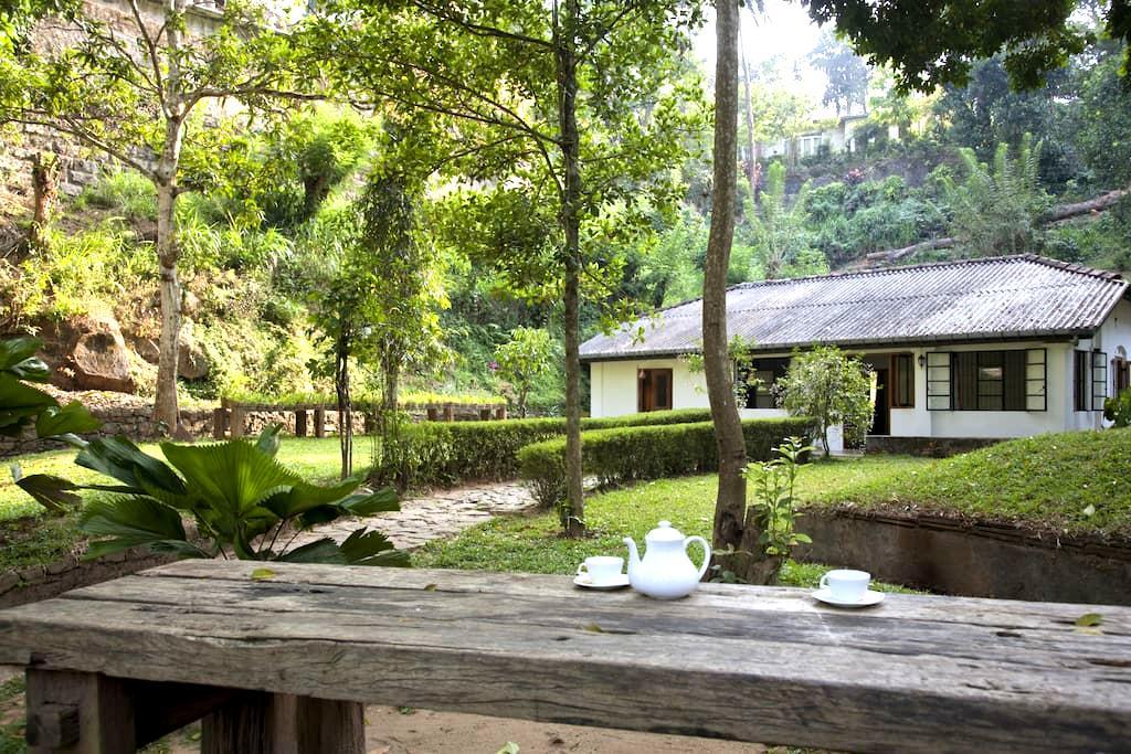 Kandy Cottage - Moonlit Space - Kandy - Bungalow