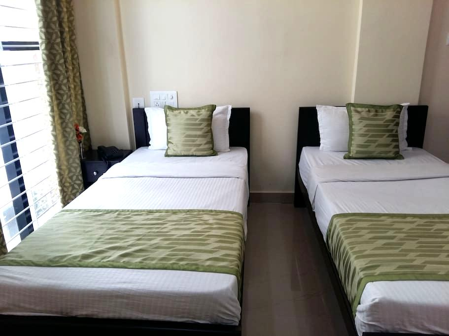 Comfortable Standard Twin room near Mysore Palace - Mysuru