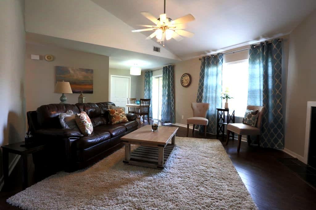 Fresh and Cozy - North Charleston - Condomínio