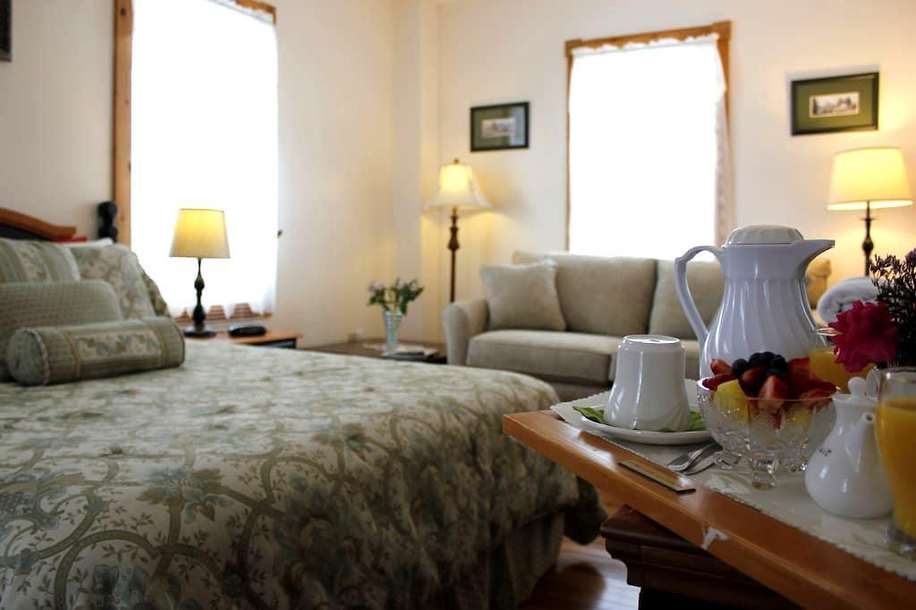 La Romantique - North Hatley - Bed & Breakfast