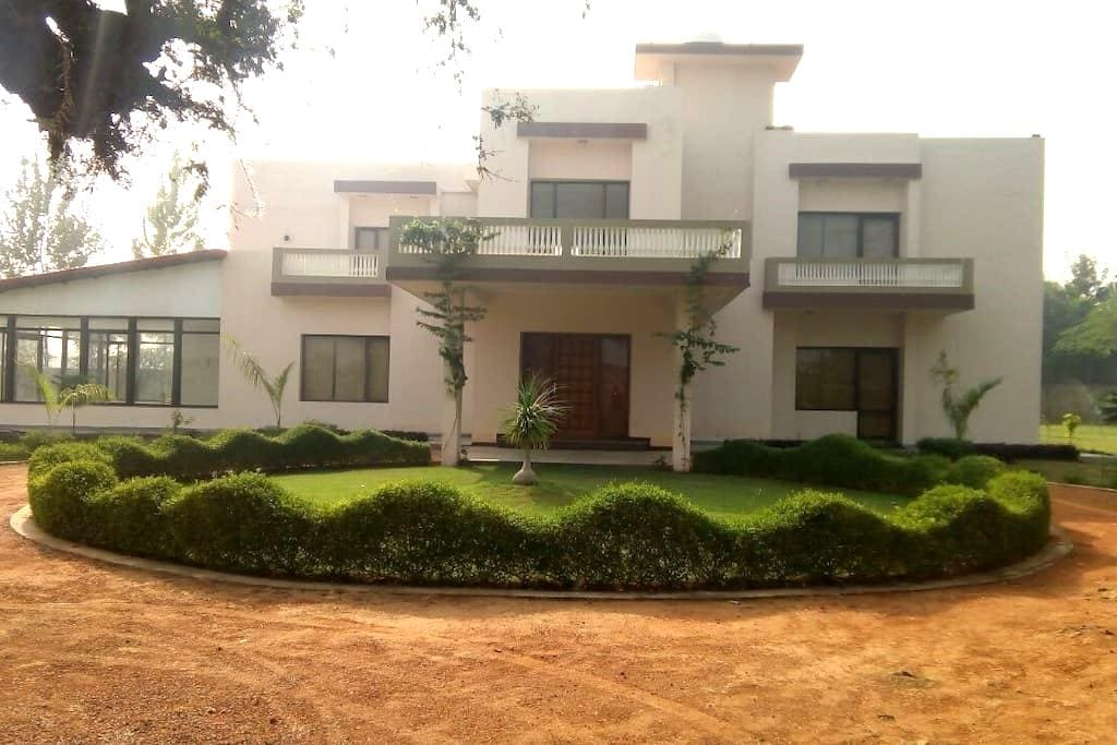 Aranya Greens- Tranquil Getaway - Gurgaon - Villa
