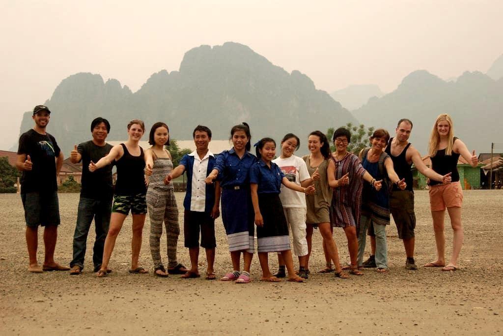 Homestay with non-profit organization (shared 4a) - Vang Vieng - Haus