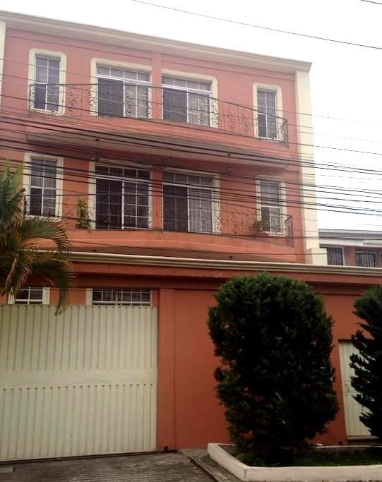 Apt nearby business centers Lomas - Tegucigalpa - Pis