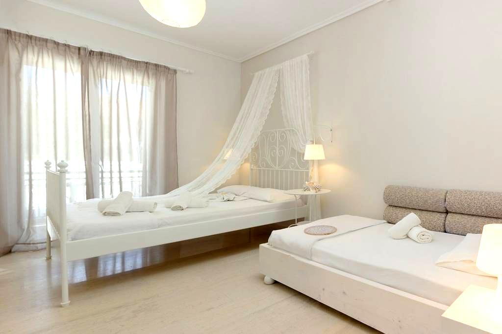 Thetis - Studio with private bathroom - Alikanas - Apartment