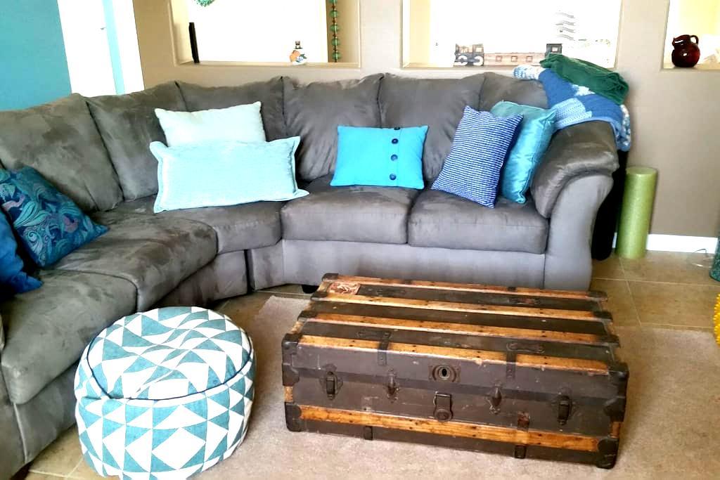 Airy, comfortable room in Roseville - Roseville - Maison de ville